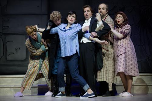 Cinderella sextet - Sylvia Szadovski (Tisbe), Michael Nyby (Dandini), Krisztina Szabo (Angelina), John Tessier (Ramiro), Peter McGillivray (Magnifico) and Caitlin Wood (Clorinda)